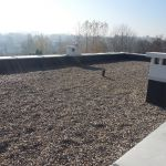 Żwir na dachu jako balast membrany EPDM